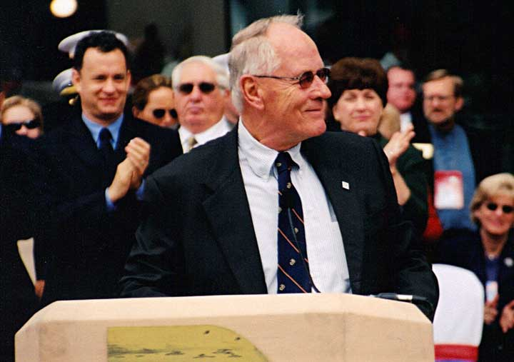 Stephen Ambrose speaking at D-Day Museum opening