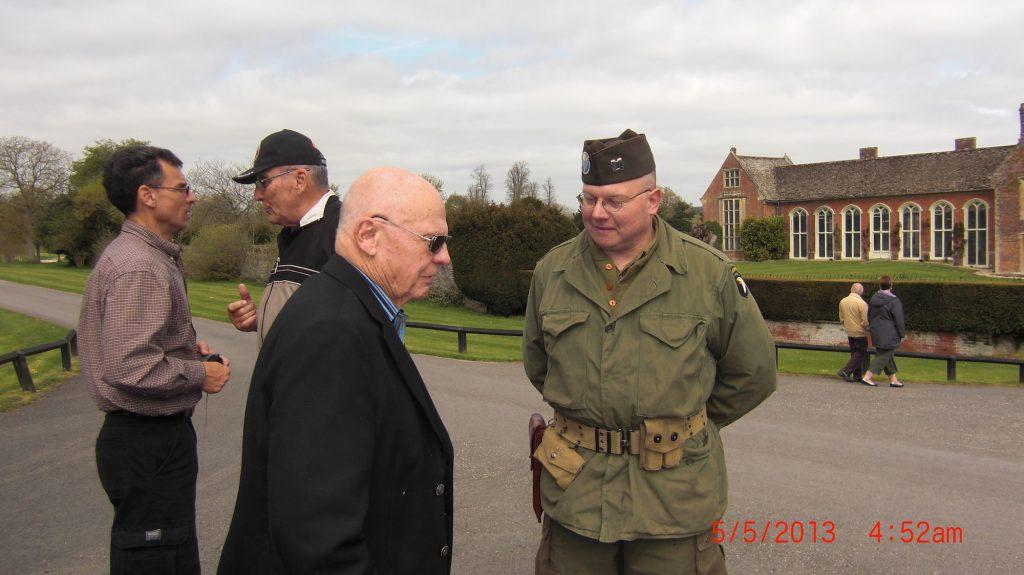 Herb Suerth Ron Drez with Soldiers