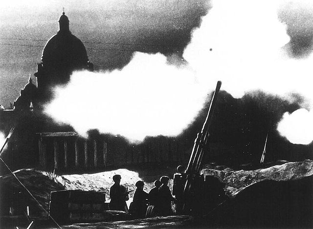 Anti-aircraft during Siege of Leningrad