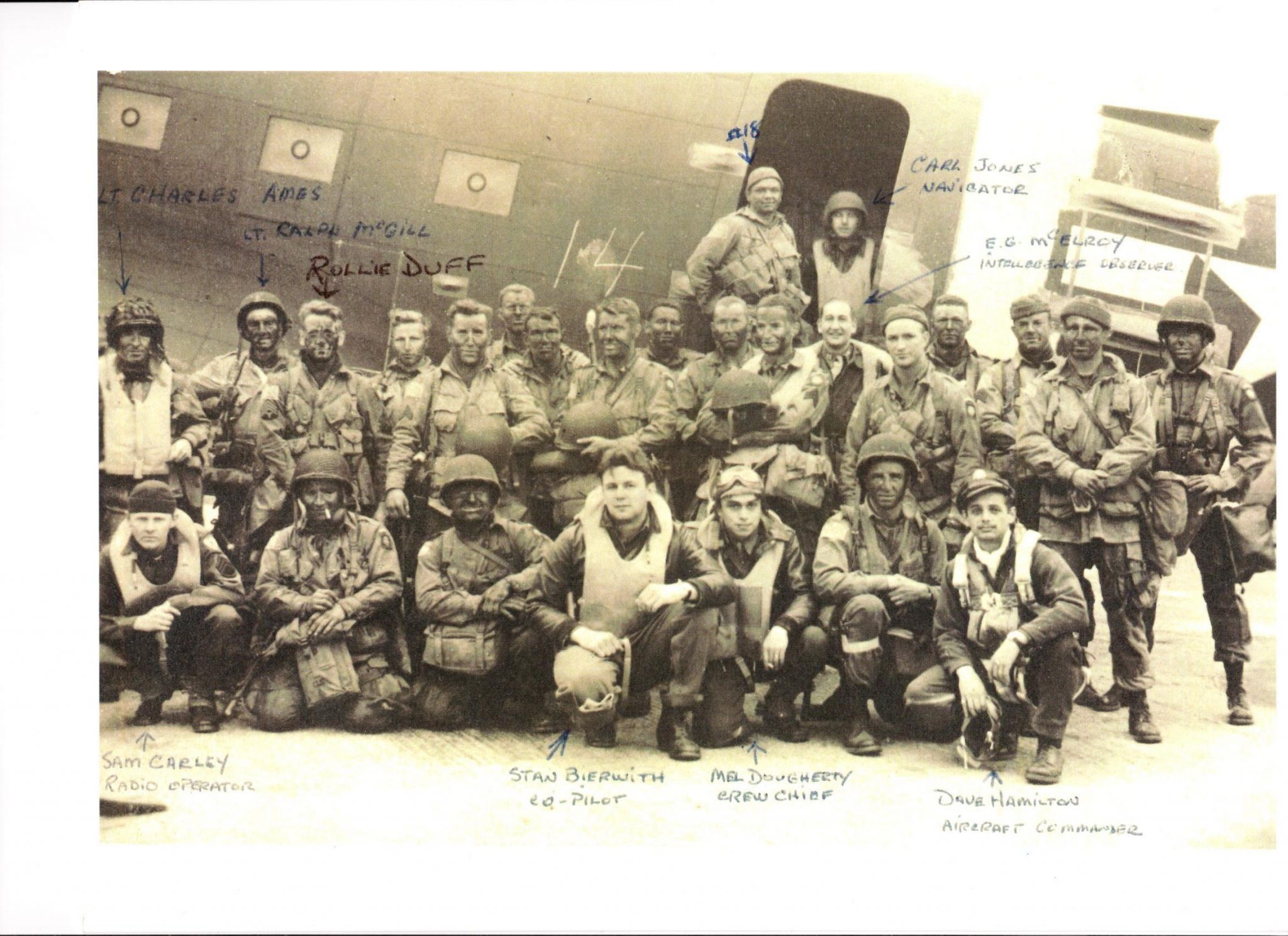 Lt. Dave Hamilton and crew before D-Day