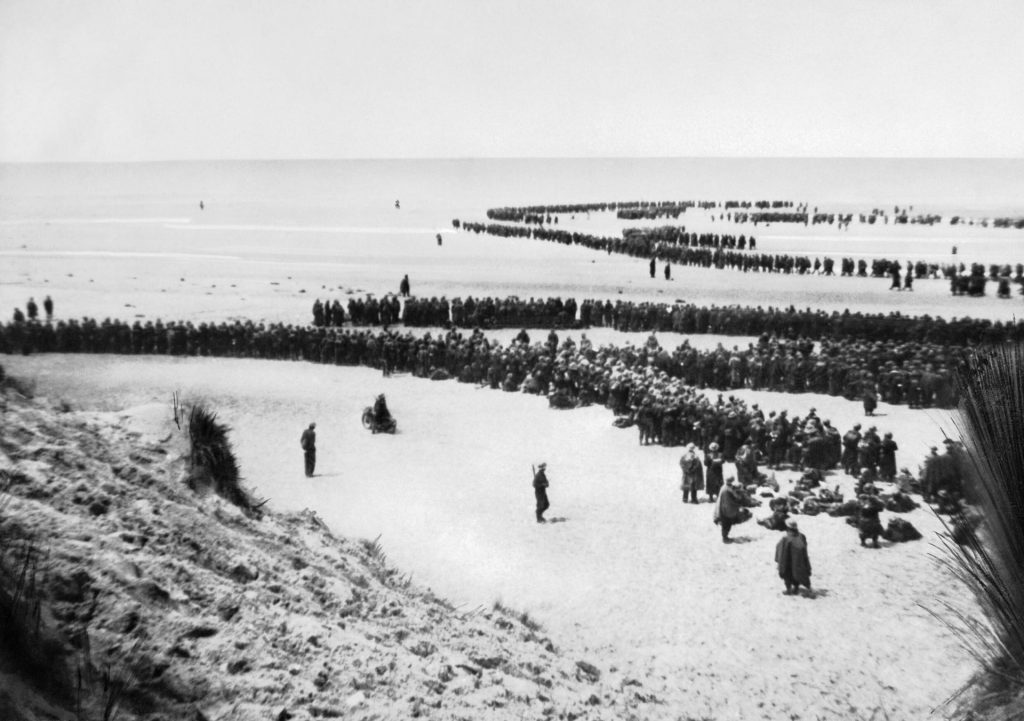 Troops on beach at Dunkirk