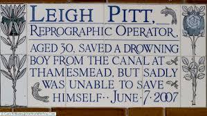 Leigh Pitt plaque